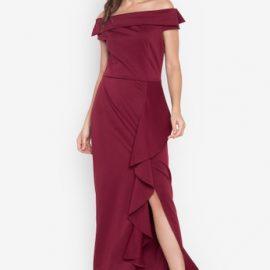 Maksi boy elbise tercihleri özellikle uzun boylu hanımlar için oldukça elit bir seçenek olarak karşımıza çıkmakta. Hafif yırtmaç detayı ile zerafetinizi en güzel şekilde gösterebilir ihtişamınızla karşınızdaki kişiyi etkileyebilirsiniz. Özellikle baş başa özel arkadaşınızla veya eşinizle gideceğiniz akşam yemeği için bu tarz bordo veya daha iddialı olmak isteyenler için kırmızı tonlardaki tasarımlarla olduça şık olabilirsiniz.