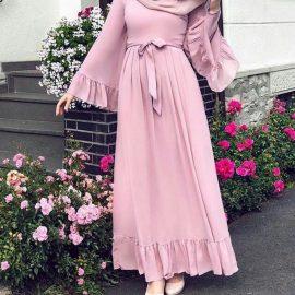 En tarz tesettür kloş elbise modelleri 2020