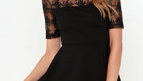 ilk bakışları üzerinde toplamak isteyenler için müthiş tül detaylı mini siyah elbise modelleri oldukça yerinde bir seçim olacaktır. Kilo ve boy dezavantajı olduğunu düşünenen kadınlar için bu konsept oldukça şık olacaktır. Burada özellikle gece davetlerinde açık küçük broşlar sizleri daha göz alıcı ve zarif hale getirecektir. Özellikle siyah ve gri tonların bir biri ile uyumunu sizlere hatırlatmak isteriz.