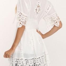 Tunik Tarzı Beyaz Dantelli Bluz Modelleri