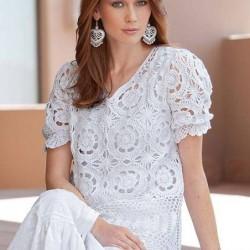 Yarım Kollu Beyaz Dantelli Bluz Modelleri