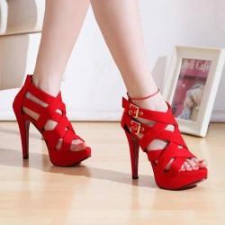 Kırmızı Bantlı Ayakkabı Modelleri
