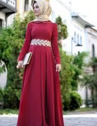 Kemerli Bayramlık Tesettür Elbise Modelleri