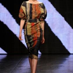 Kemerli Elbise Donna Karan 2015 İlkbahar-Yaz