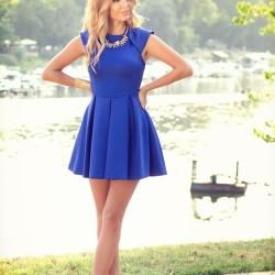 İddialı Saks Mavisi Elbise Modelleri