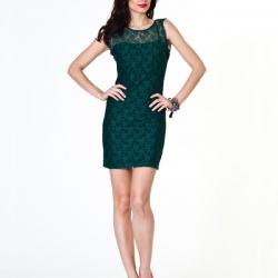 Zümrüt Yeşili En Güzel Dantelli Elbise Modelleri