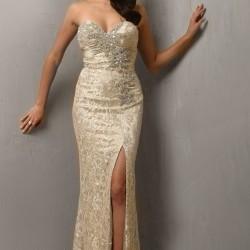 Kalp Yaka Yırtmaç Detaylı 2015 Payetli Elbise Modelleri