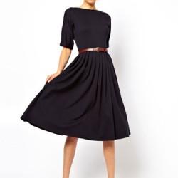 Kemer Detaylı Lacivert Yeni Pileli Elbise Modelleri