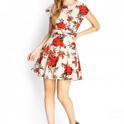 Desenli günlük elbise modeli