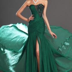 Yeşil Renkli Kolsuz Abiye Modelleri