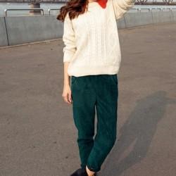Sokak tarzı kadife pantolon kombinleri