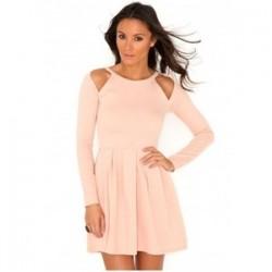 Pembe Renkli Omuzları Açık Elbise Modeli