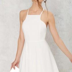 Boyundan Askılı Çok Güzel Beyaz Renkli Kloş Elbise Modelleri 2016