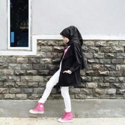 Gençler İçin Tesettür Sokak Modası