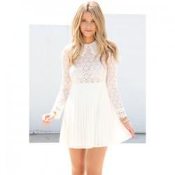 Beyaz İşlemeli Elbise Modelleri