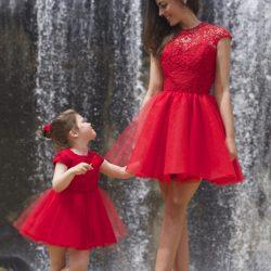 Kırmızı renkli Anne ve Kız Abiye Modelleri