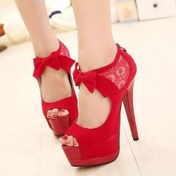 En Tarz Kırmızı Ayakkabı Modelleri
