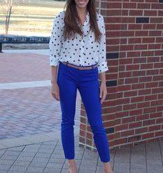 Desenli Gömlekle Uyumlu Mavi Pantolon Kombinleri