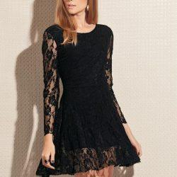 Kolları Dantelli Siyah Elbise Modelleri