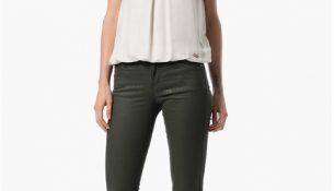 n Üzeri Giyilebilecek Çok Hoş Beyaz Renkli NetWork Bayan Bluz Modelleri