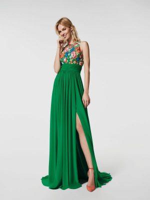 En Yeni Pileli Elbise Modelleri 2018