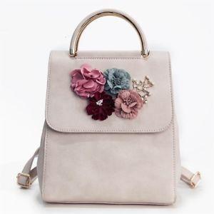 Çiçek desenli sırt çantası modelleri